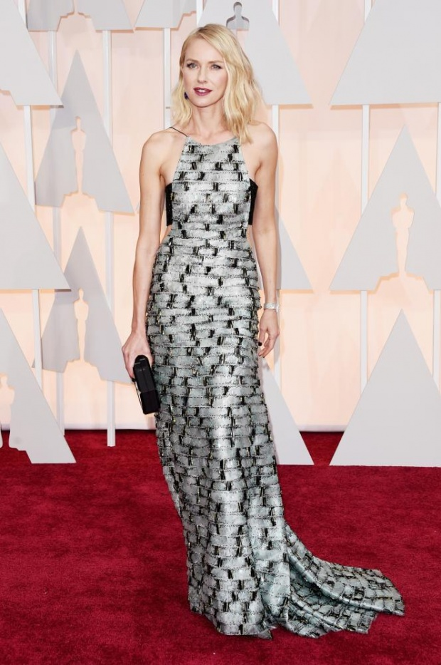 Naomi Watts in Armani. I saw her moving in it. And it looked just right for her. Head to toe. Naked waist sides? Another big SS2015